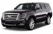 2017 Cadillac Escalade 2WD 4-door Luxury Angular Front Exterior View
