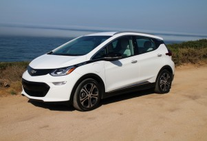 2017 Chevy Bolt EV electric car wins North American Car of the Year award