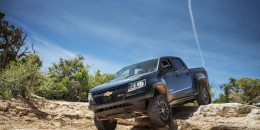 2017 Chevrolet Colorado ZR2 first drive video