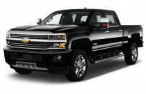 "2017 Chevrolet Silverado 2500HD 4WD Crew Cab 153.7"" High Country Angular Front Exterior View"
