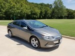 Plug-in electric car sales for August: Volt sells at twice Leaf rate (updated)