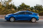 2018 Chevrolet Volt plug-in hybrid carries over with few changes