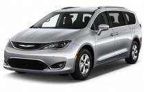 2017 Chrysler Pacifica Touring-L Plus FWD Angular Front Exterior View