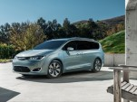 2017 Chrysler Pacifica Preview
