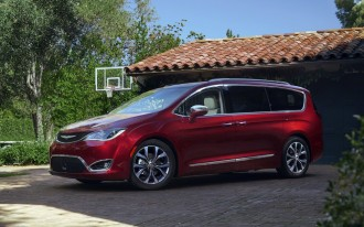 2017 Chrysler Pacifica first drive video