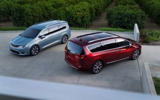 2017 Chrysler Pacifica: A 'Paradigm Shift' For Minivans, As Dodge Preps Crossover