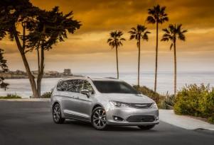 IIHS calls 2017 Chrysler Pacifica minivan Top Safety Pick+
