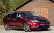 2017 Chrysler Pacifica - Best Car to Buy 2017
