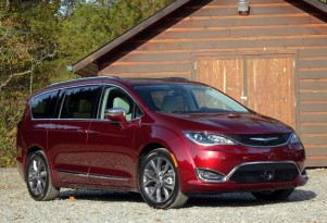 What's New for 2017: Chrysler