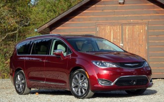 2017 Chrysler Pacifica: Best Car to Buy Nominee