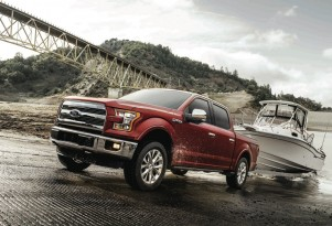 2017 Ford F-150 with 10-speed automatic to arrive at dealers next month