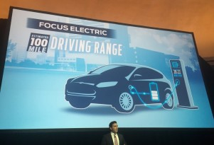 Updated 2017 Ford Focus Electric: 100-Mile Range, DC Fast Charging