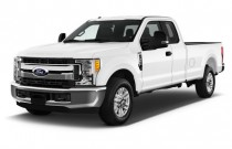 2017 Ford Super Duty F-350 SRW XLT 2WD SuperCab 8' Box Angular Front Exterior View
