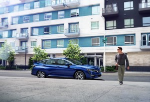 2017 Honda Clarity Electric to lease for $269 a month, starting in August