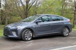 2017 Hyundai Ioniq Hybrid: gas mileage review