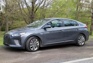 2017 Hyundai Ioniq Hybrid: gas mileage review