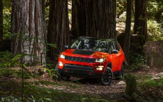 The new 2017 Jeep Compass manages to actually look like a Jeep