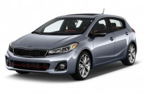 2017 Kia Forte5 SX Manual Angular Front Exterior View