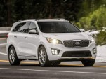 Ford Explorer vs. Kia Sorento: Compare Cars