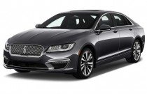 2017 Lincoln MKZ Reserve FWD Angular Front Exterior View