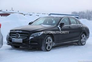 2017 Mercedes-Benz C-Class tech update spy shots - Image via S. Baldauf/SB-Medien