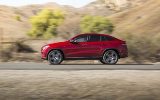 2017 Porsche Cayenne vs. 2017 Mercedes-Benz GLE-Class: Compare Cars