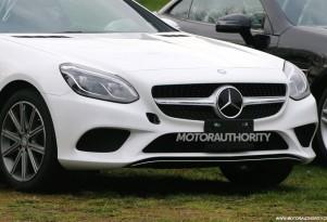 2017 Mercedes-Benz SLC (SLK-Class facelift) spy shots - Image via S. Baldauf/SB-Medien