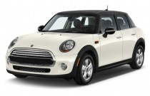 2017 MINI Hardtop 4 Door Cooper FWD Angular Front Exterior View