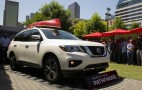 2017 Nissan Pathfinder debuts with new look, more power
