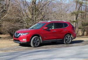 2017 Nissan Rogue Hybrid: gas mileage review