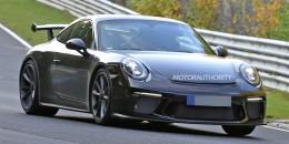 2017 Porsche 911 GT3 facelift spy shots - Image via S. Baldauf/SB-Medien