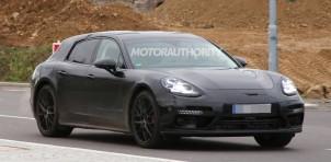 2017 Porsche Panamera shooting brake spy shots - Image via S. Baldauf/SB-Medien