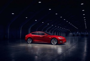 IIHS says Tesla electric cars have higher miles, more costly repairs