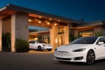 Tesla to sell 200 electric cars to Dubai taxi service