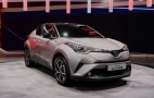 2017 Toyota C-HR revealed in production trim: Live photos and video