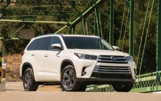 F-150 vs. Ram 1500, 2017 Toyota Highlander, 2018 Ford Mustang: What's New @ The Car Connection