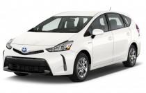 2017 Toyota Prius V Four (Natl) Angular Front Exterior View