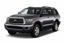 2017 Toyota Sequoia SR5 RWD (Natl) Angular Front Exterior View