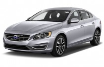 2017 Volvo S60 T5 FWD Dynamic Angular Front Exterior View