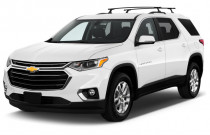 2018 Chevrolet Traverse FWD 4-door LT Cloth w/1LT Angular Front Exterior View
