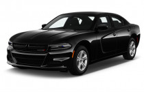 2018 Dodge Charger SXT RWD Angular Front Exterior View