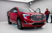 2018 GMC Terrain Denali, 2017 Detroit auto show