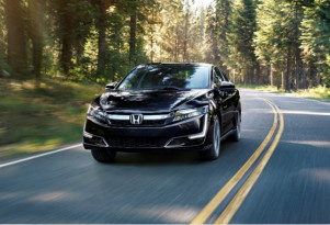 2018 Honda Clarity Plug-In Hybrid rated at 47 miles of range