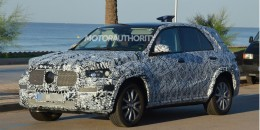 2019 Mercedes-Benz GLE spy shots - Image via S. Baldauf/SB-Median