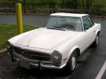 a Mercedes-Benz 280SL, similar to the one stolen from John Travolta. Image: S. Foskett