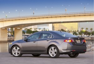 Acura Introduces TSX V-6 At Chicago Auto Show