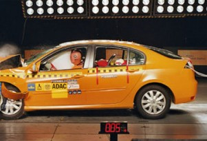 ADAC: 50mph crash-test shows weaknesses even in top-rated cars