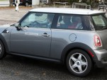 All-electric Mini Cooper spy shot