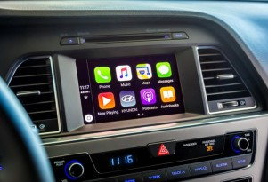 Hyundai enables DIY CarPlay, Android Auto upgrades for some 2015-2016 models