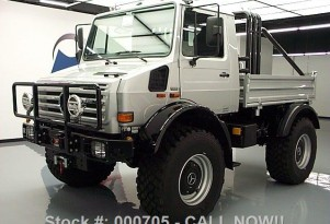 1977 Unimog U1300 SE 6.4 once owned by Arnold Schwarzenegger